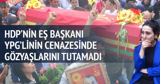 Figen Yüksekdağ YPG'li'nin cenazesinde ağladı