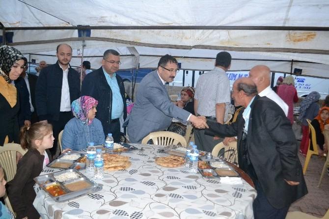 AK Parti Teşkilatları İskilip'te İftara Katıldı