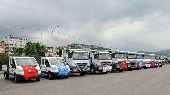 Trabzon Büyükşehir Belediyesi Yeni Araçlarını Törenle Hizmete Soktu