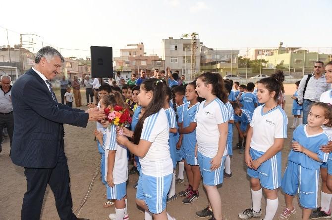 Seyhan'da Yaz Spor Okulu Açılışları Sürüyor