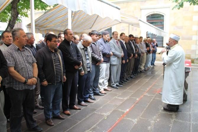 Türkistan Şehitleri İçin Bayburt'ta Gıyabi Cenaze Namazı