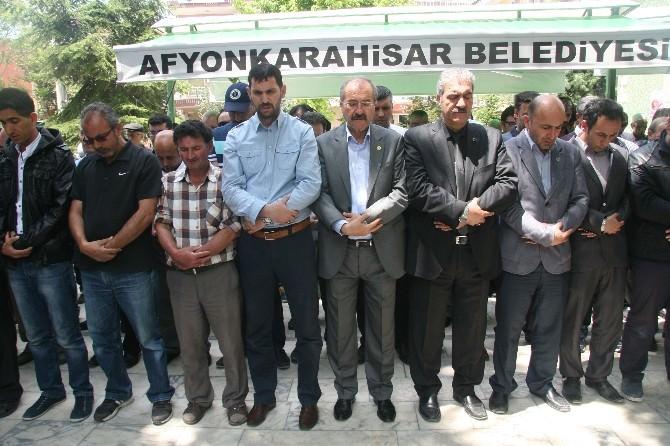 Ülkü Ocakları Çin'in Uygur Türklerine Yaptığı Zulmü Protesto Etti