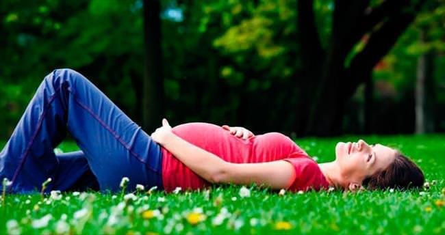 Hamileler beslenmeye ve sıcağa dikkat etmeli