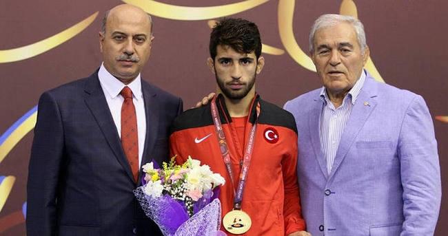 Murat Fırat Avrupa şampiyonu oldu
