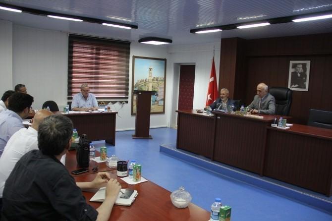 Bayburt'ta Doğaltaş Üretim Merkezinin Aylık İzleme Toplantısı Yapıldı