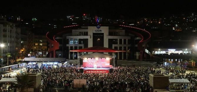 Canik'te Adnan Menderes Meydanı Doldu