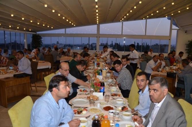 Vali Süleyman Tapsız, Kilis OSB' Nin Geleneksel İftar Programına Katıldı