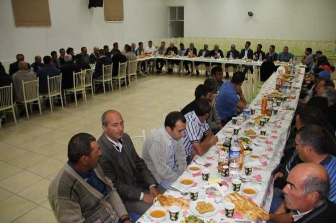 Başkan Karaaslan'dan Belediye Personeline İftar Yemeği
