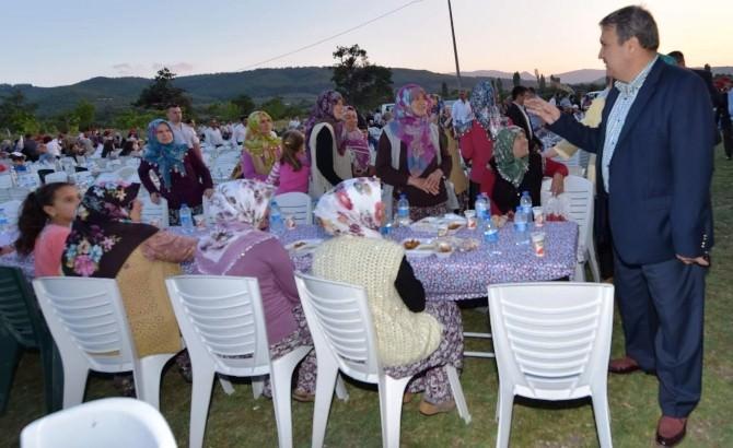 Başkan Çerçi, Ortaköy İftarında Vatandaşlarla Buluştu