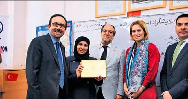Büyükelçi Bass Suriyeli öğrencileri ziyaret etti