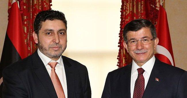 Davutoğlu Libya Başbakanı ile görüştü