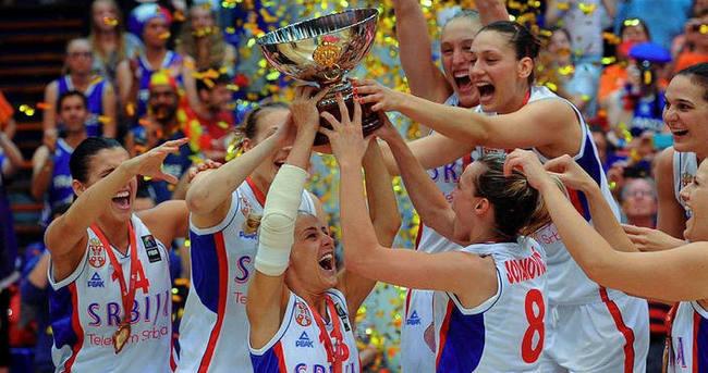 Altın madalya Sırbistan'ın