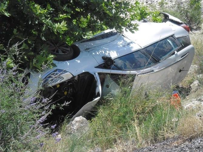 Edremit'te Trafik Kazası 3 Yaralı
