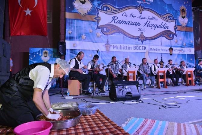 """Konyaaltı'nda """"Ramazan"""" Coşkuyla Devam Ediyor"""