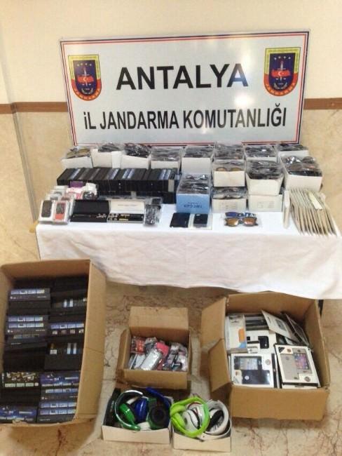 Antalya'da Jandarmadan Operasyon