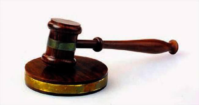 Çocuğa yeni eşin soyadını veren mahkeme kararı Yargıtay'dan döndü