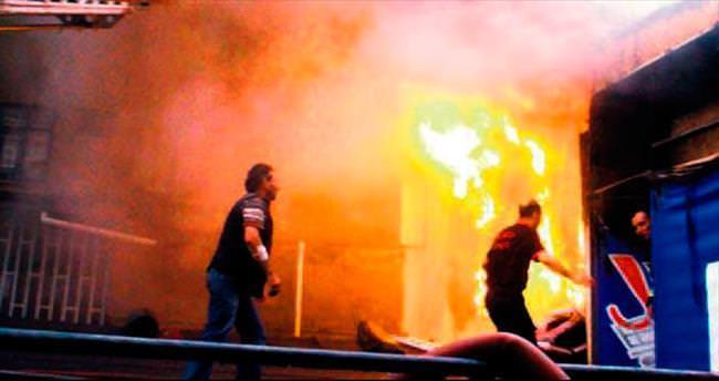 İftar yemeği hazırlayan aşçı yangın kurbanı