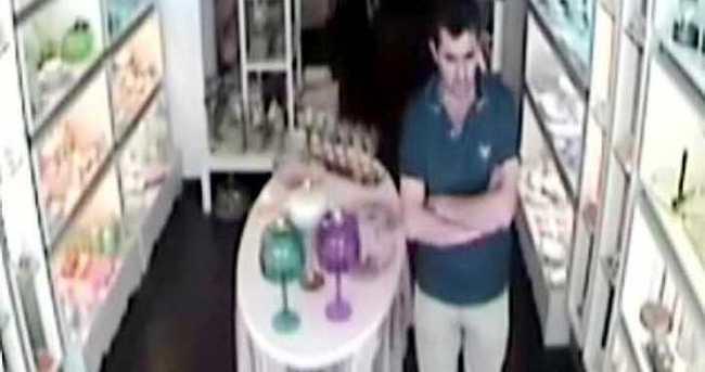 Müfettişim deyip soygun yaptı