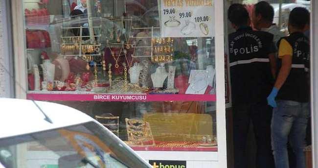 Kartal'da silahlı kuyumcu soygunu