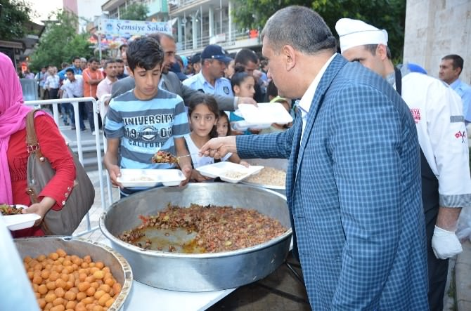 Başkan Gürkan, İftar Çadırını Ziyaret Etti