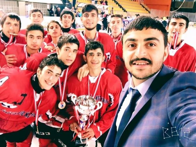 Buzda Şampiyon Erzurum Gençlik