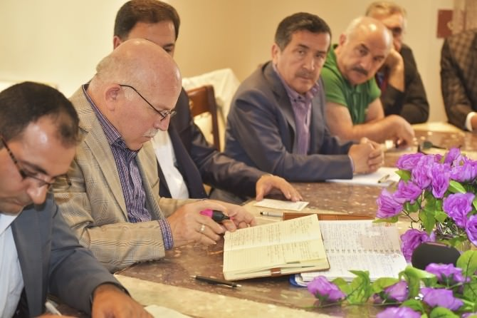 Başkan Sekmen, Aşkale İlçesi'nde Değerlendirme Toplantısı Yaptı