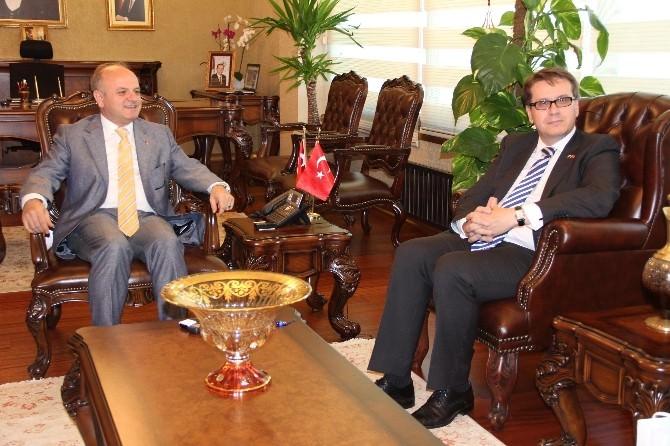 Çek Büyükelçi Kafka'dan Vali Özdemir'e Ziyaret