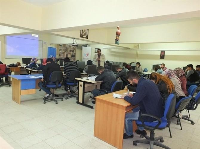 Yozgat Gençlik Merkezi Uygulamalı Girişimcilik Eğitim Kursu Düzenledi
