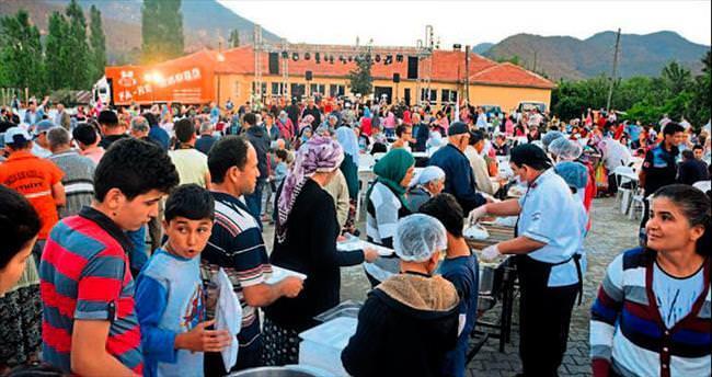 Hem festival hem iftar