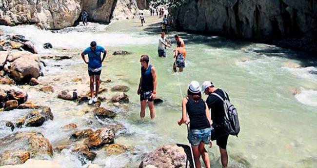 Serinleten kanyon gezisine turist ilgisi