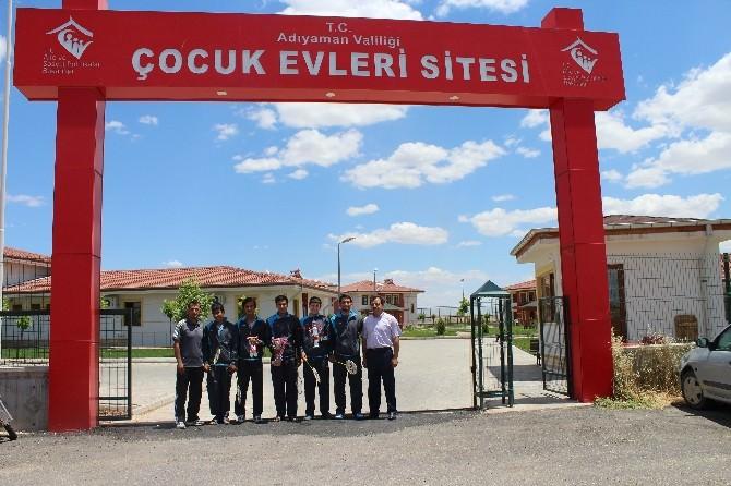Badmintonda Adıyaman Çocuk Evleri Türkiye Üçüncüsü Oldu