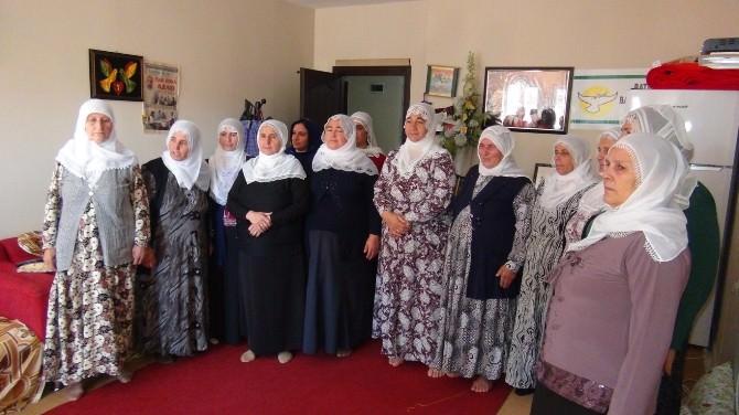 'Barış Anneleri' IŞİD Saldırılarını Kınadı