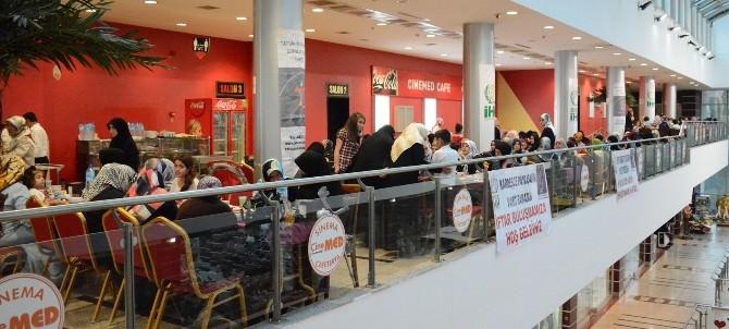 Bitlis İHH İnsani Yardım Derneğinden Yetim Ve Fakir Çocuklar Yararına İftar Yemeği