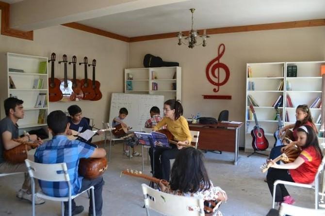 Çocuk Sanat Merkezi'nde Yaz Kursları Başladı