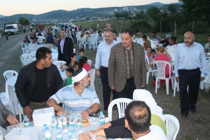 İyilik Sofrası Ramon Mahallesinde Kuruldu