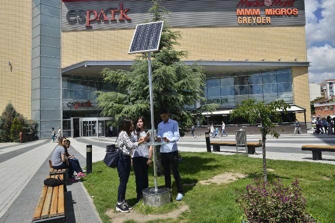 Eskişehir'de Güneş Enerjili Şarj İstasyonları