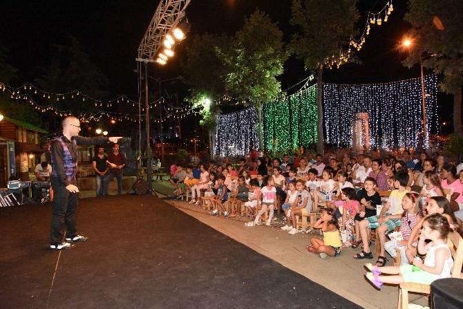 Ramazan Meydanı'nda Kerem Eser Çocuklarla Buluştu