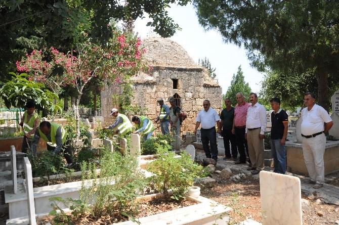 Mezarlıklara Ramazan Bakımı