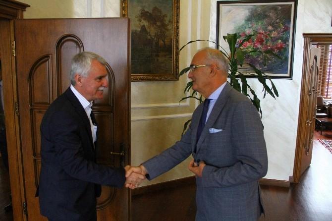 Samsunspor, Başkan Yılmaz'ı Ziyaret Etti