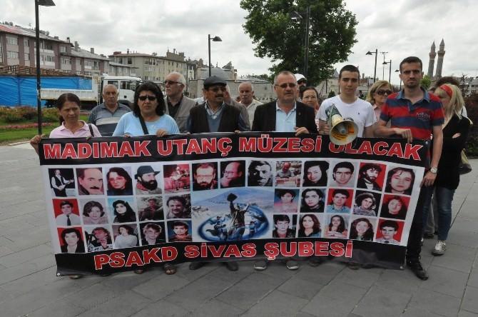 Pir Sultan Abdal Derneği'nden ' 2 Temmuz' Çağrısı