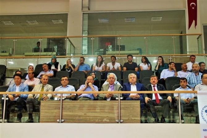 Yalova'da Spor Merkezleri Törenle Açıldı