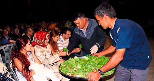 Korkuteli'de Sıra Gecesi