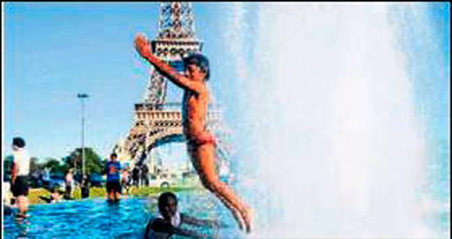 Aşırı sıcaklardan Fransa kavruluyor