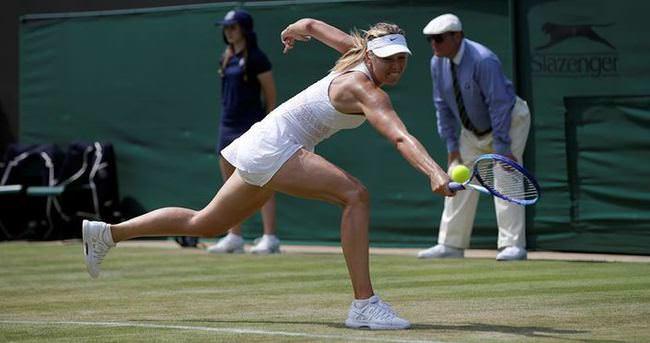 Djokovic ve Sharapova üçüncü turda
