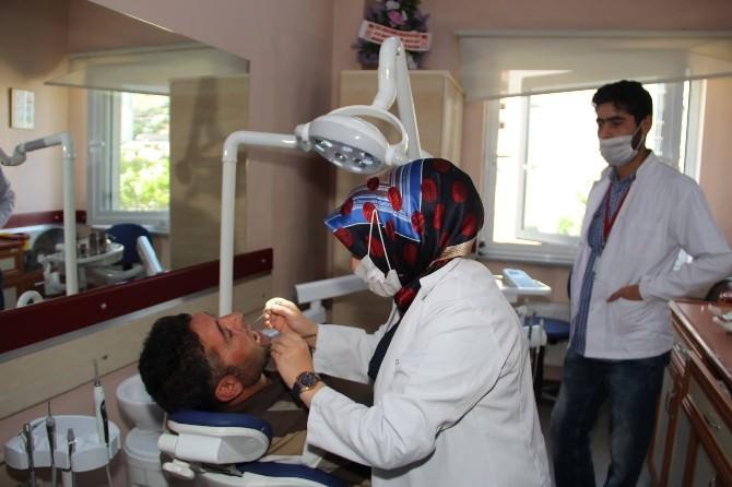 Diş Polikliniğinden İftar Sonrası Mesai