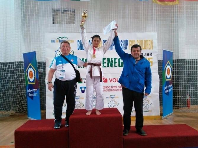 Judoculardan İki Altın Madalya