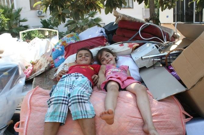 Ramazan Günü İki Aile Sokakta Kaldı