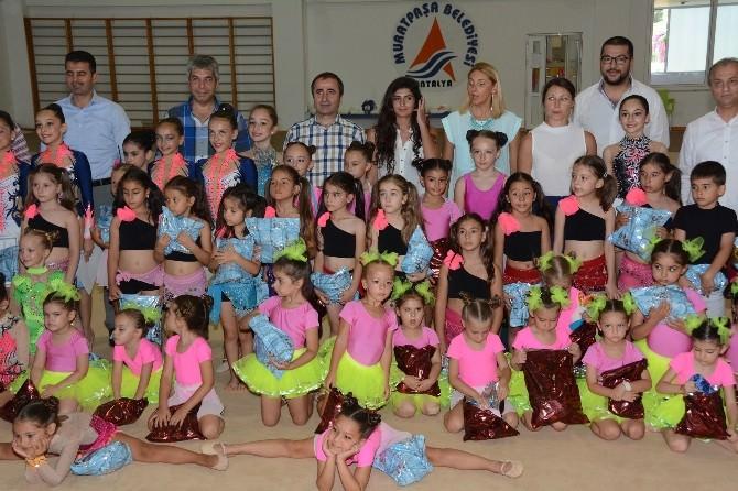 Polis Spor Gücü Kulübü Ritmik Jimnastik Sporcuları Yıl Sonu Gösterisi Yaptı