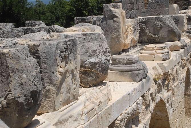 Tlos Antik Kentinde Tiyatro Ayağa Kaldırılacak
