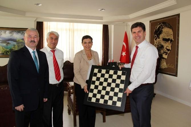Tsf Başkanı Tülay'dan Başkan Ercengiz'e Ziyaret?